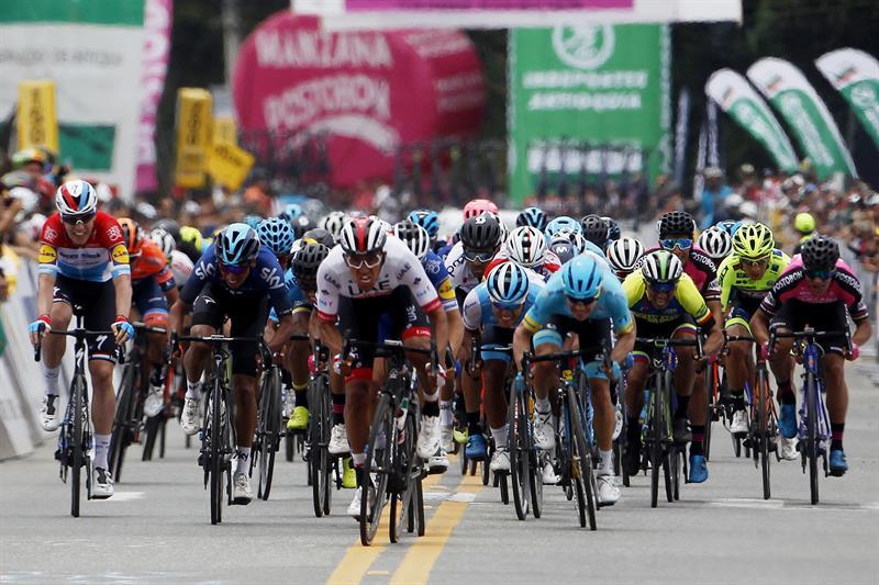 ¡La tercera fue la vencida! el paipano Juan Sebastián Molano se impuso hoy en el Tour Colombia 1