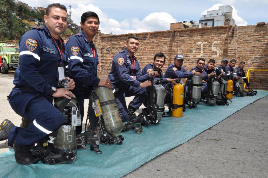 Bomberos de Duitama se preparan para la atención de emergencias con materiales peligrosos 1