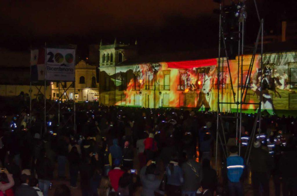 Todo un espectáculo de video mapping en la Plaza de Bolívar de Tunja