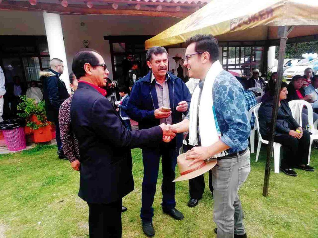 Alexander Manrique Gutiérrez, de 44 años y economista de la Uptc, fue secretario de Educación de Sogamoso en la administración de Sandro Condía, es el promotor del pacto de no agresión en las campañas.