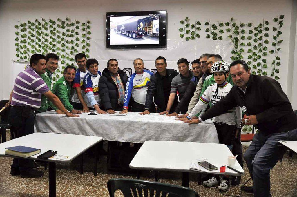 Pacto por los ciclistas en Duitama