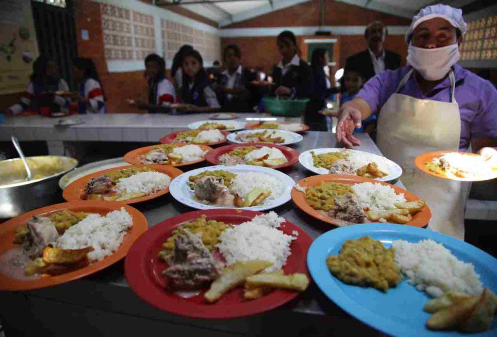Dinero para Restaurantes escolares
