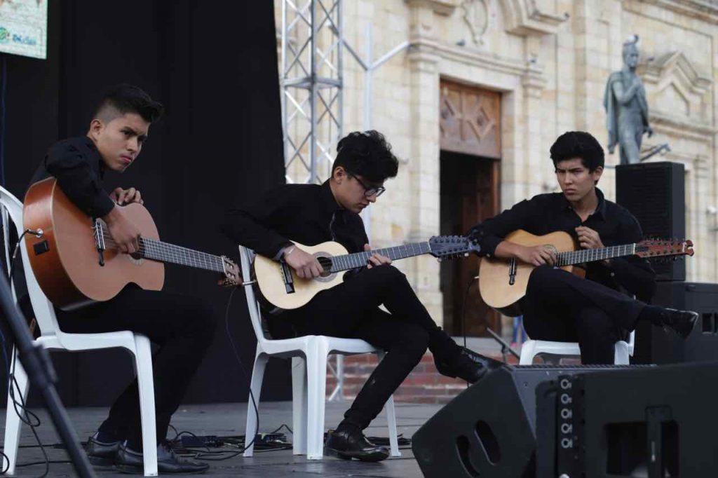 Jóvenes en concierto premio cacique tundama