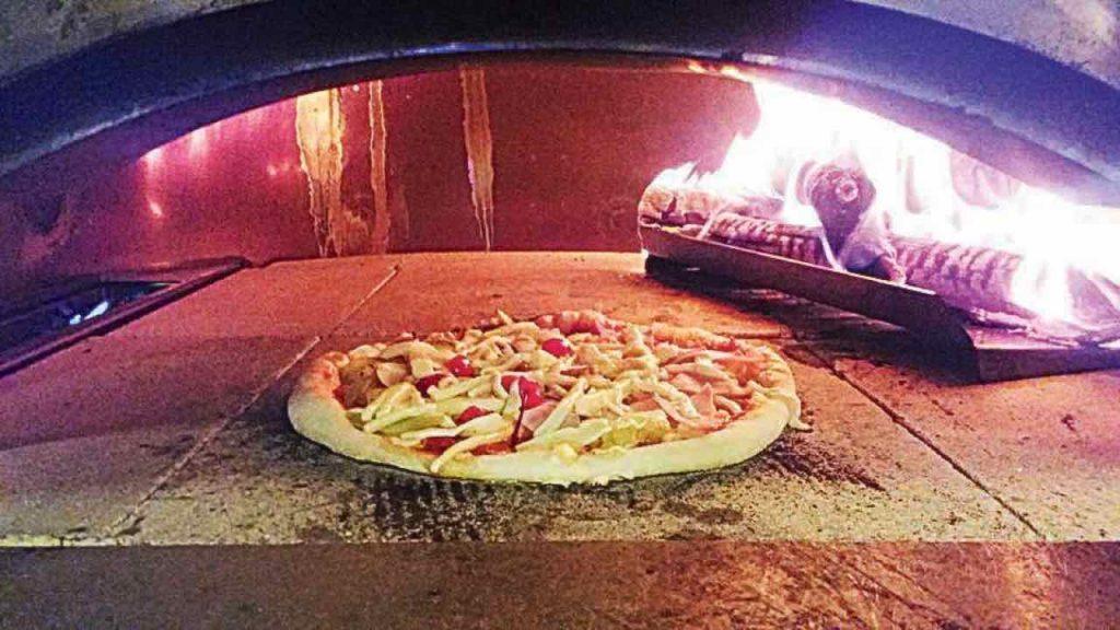 Pizza criolla en Trigos