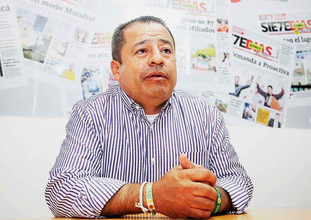 Javier Castellanos, de 46 años, ya fue tres veces concejal de Villa de Leyva y aspira por segunda vez a la Alcaldía de esta localidad