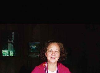 Abogada Ángela Luisa Pérez Vera, creadora de las fundaciones Dionicia Vera de Pérez, Poco a Poco (Poapo) y Zio-A'I, Unión de Sabiduría'. También novelista.