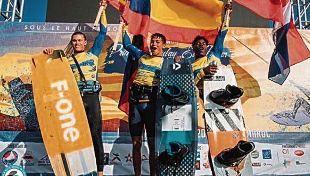 El deportista vallecaucano Valentín Rodríguez logró el campeonato mundial de de Kitesurf durante la parada que se realizó en Marruecos