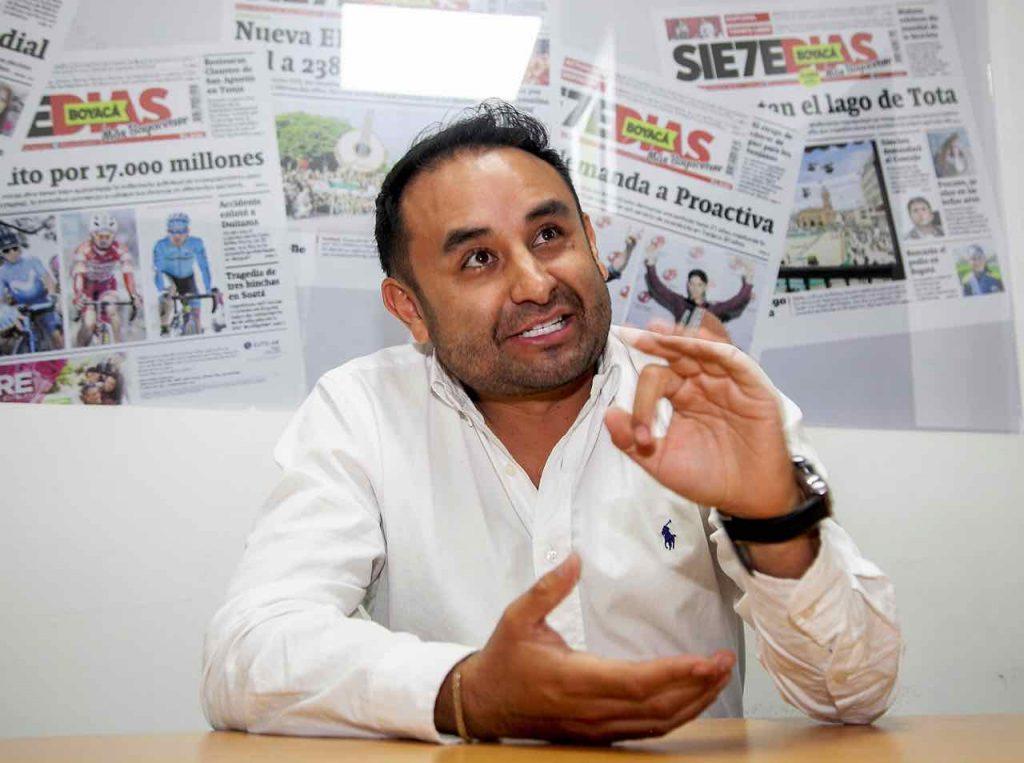Alcalde de Tenza renunció