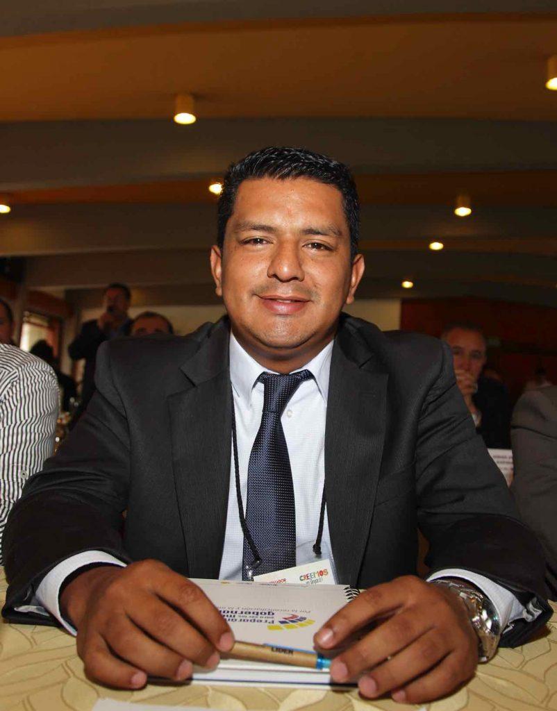 Anatolio José Benito Alvarado, alcalde de La Victoria, fue suspendido de su cargo por tres meses, al presuntamente participar en política.