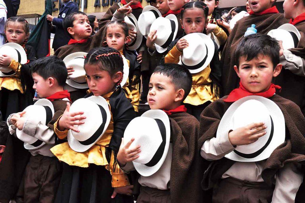En la Plaza de Los Libertadores tuvo lugar la conmemoración del Día del Boyacensismo para hacer un homenaje al Bicentenario.