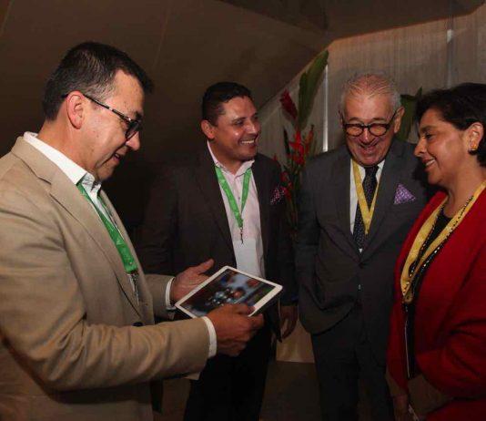 Los alcaldes de Tunja y Sogamoso, Alejandro Fúneme y Rigoberto Alfonso con la subdirectora general Territorial del DNP, Amparo García