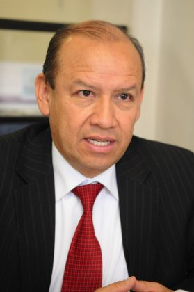 Juan José Pedraza Vargas es de profesión administrador público, oriundo de Sogamoso.