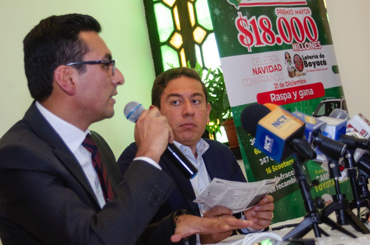 Este es el billete del Sorteo Extraordinario de Navidad, de la Lotería de Boyacá, que cuesta 25.000 pesos y juega este 21 de diciembre.