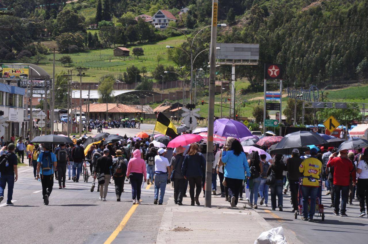 Marchas en el sector Higueras en Duitama Boyacá