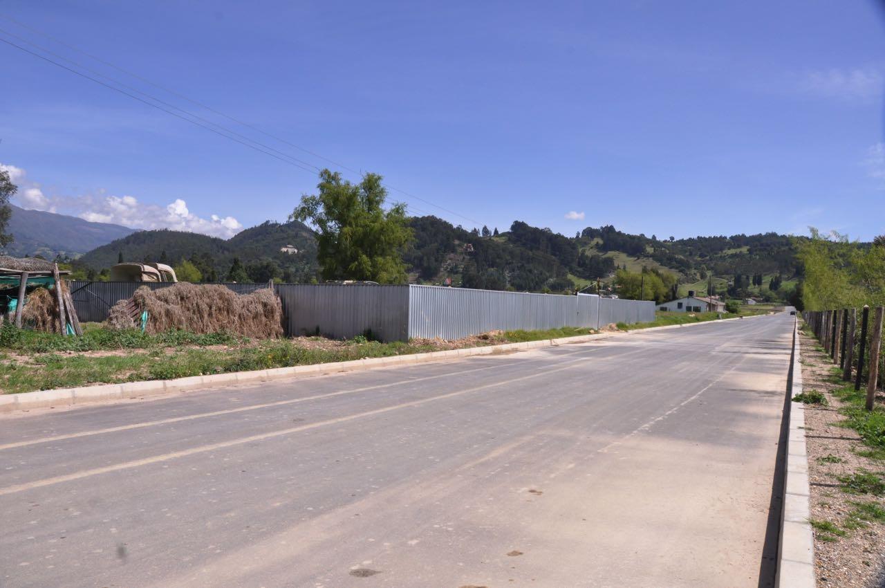 El parque empresarial San Lorenzo ya tiene vías pavimentadas. El lugar es cerca a la ciudadela industrial.