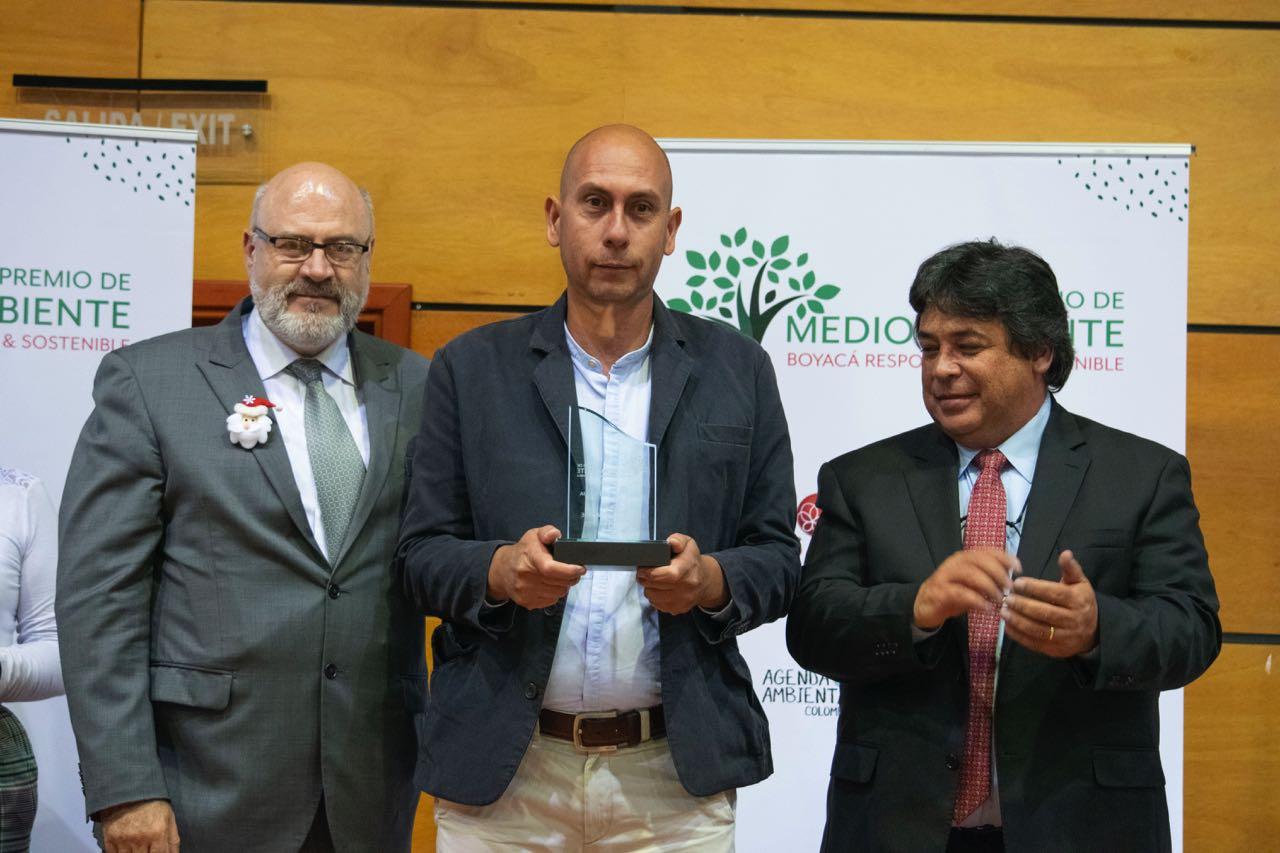 En esta primera edición del premio Medio Ambiente participaron 48 proyectos en cinco categorías.