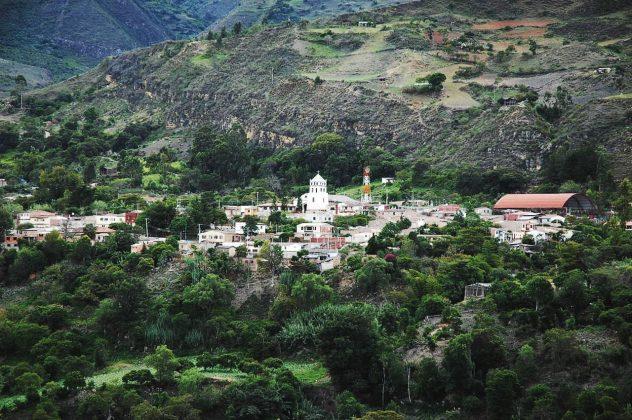 Tipacoque se prepara para recibir a propios y turistas.