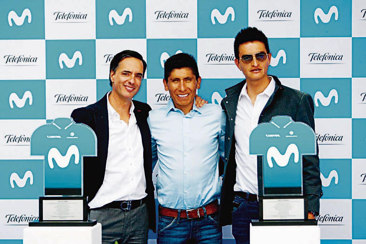Winner Anacona recibió un reconocimiento de Movistar.