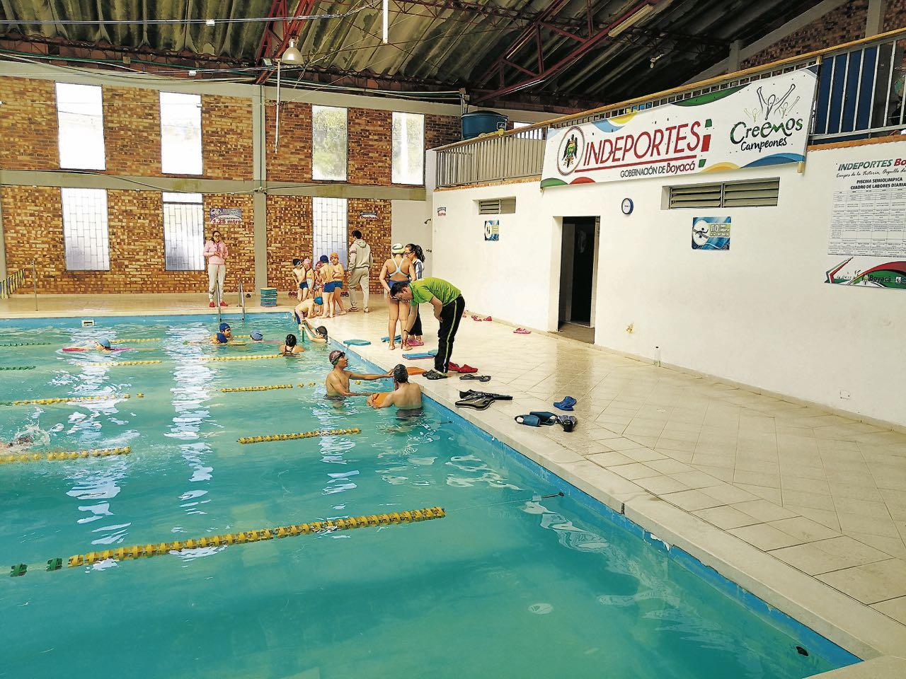 En la actualidad, la piscina semiolímpica de Tunja es administrada por el Instituto de Deportes de Boyacá.