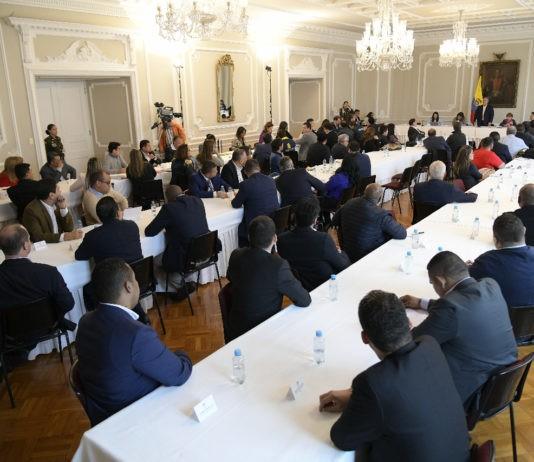 Alcaldes reunidos con Presidente