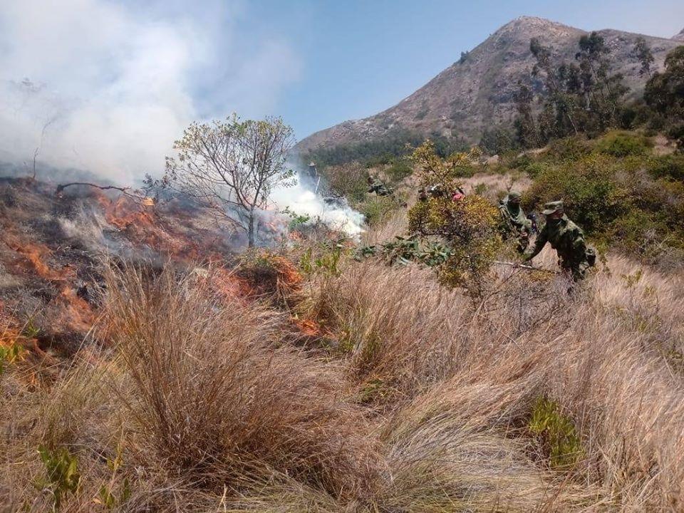 Incendio Forestal en el municipio de Belén Boyacá - Foto: Batallón Tarqui