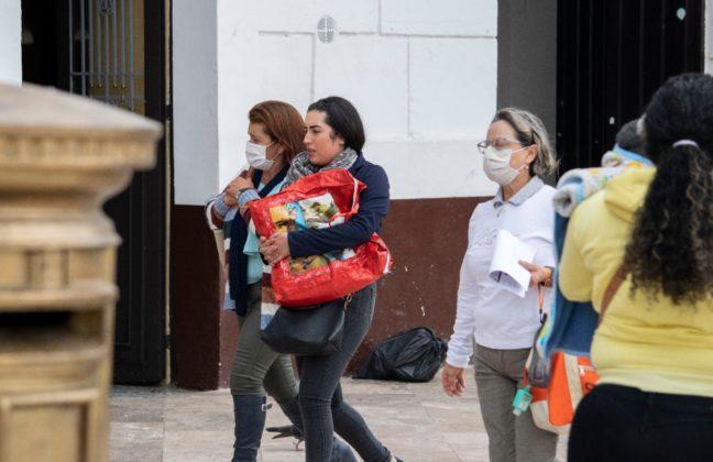 [Galería] Los tunjanos están prevenidos para evitar contagiarse con el Covid-19. Tapabocas y geles están agotados. 6