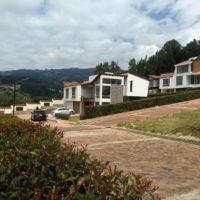 Vendo Espectacular Cabaña, Paipa, frente a los lagos Termopaipa. 3108110816 7