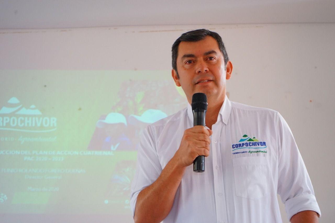 Plinio Rolando Forero, el director de la Corporación autónoma Regional de Chivor, se refirió al trabajo que viene adelantando la corporación y la reforestación de los próximos años.
