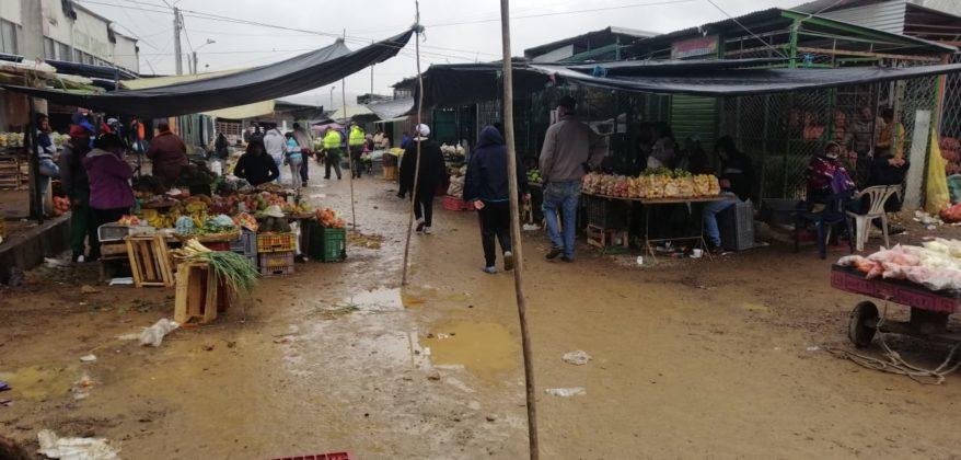 Limitan horario de atención en plazas de mercado de Boyacá 7
