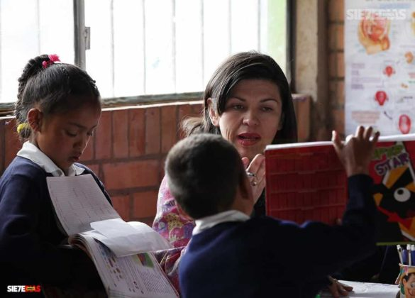 Los 70 años del Día del maestro, profesor o docente que pasarán a la historia en Boyacá 12