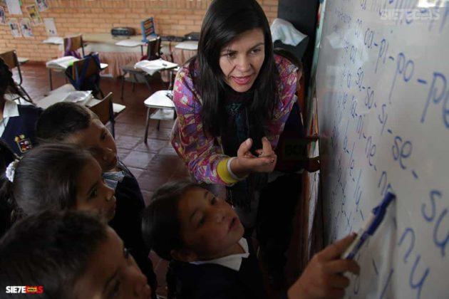 Los 70 años del Día del maestro, profesor o docente que pasarán a la historia en Boyacá 11