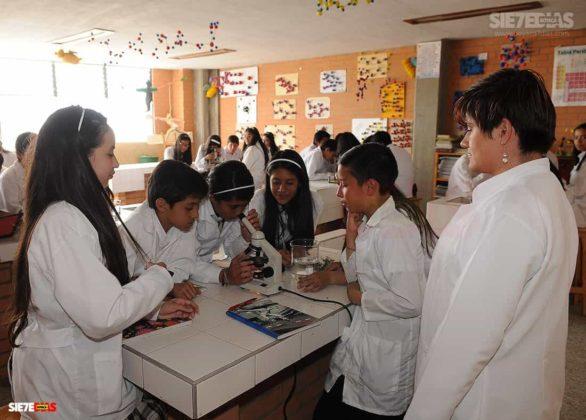 Los 70 años del Día del maestro, profesor o docente que pasarán a la historia en Boyacá 17