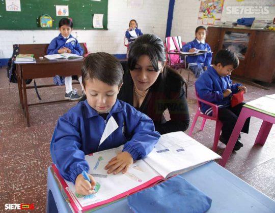 Los 70 años del Día del maestro, profesor o docente que pasarán a la historia en Boyacá 15