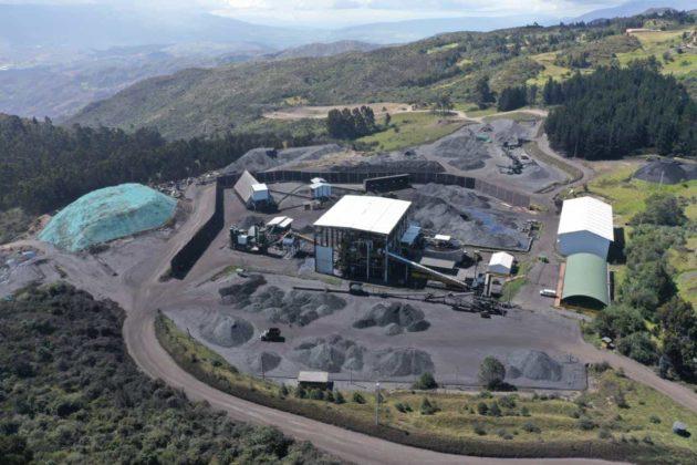 Además de la Comercializadora Internacional Miguel Parra (Milpa), cuentan con la Industria Carbonífera de Samacá (Incarsa), con Uniminas (está en Guachetá) donde cuentan con el proyecto túnel Casa Blanca (5 kilómetros) y ha recibido premios por sus características.
