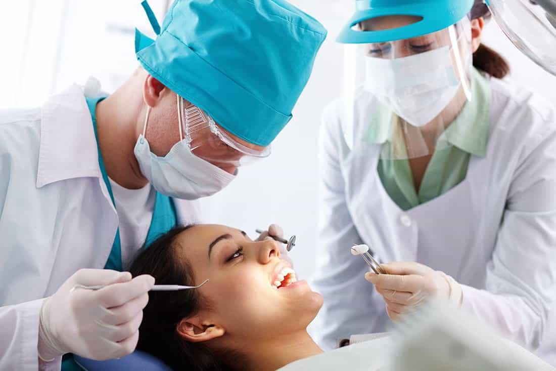 Las enfermedades de la boca hacen más vulnerable a una persona al coronavirus, según profesional de la odontología #LaEntrevista 3