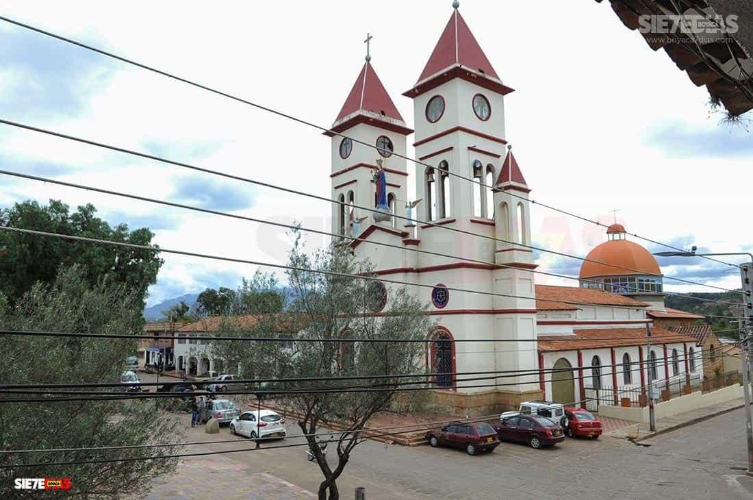 'Da mucha impotencia que tanto esfuerzo se derrumbe con la noticia de 7 casos de coronavirus': alcalde de Sutamarchán #LaEntrevista 5
