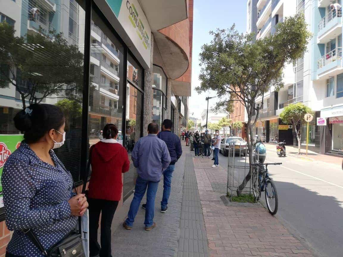 Los bancos en la Ciudad del Sol estarán abiertos de 8:00 de la mañana a 3:00 de la tarde. Se exigirá control al distanciamiento social.