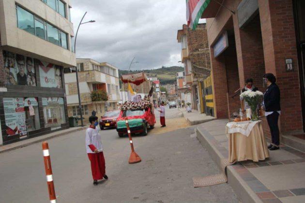 Con permiso especial la Diócesis de Duitama–Sogamoso celebró el Domingo de Corpus 3