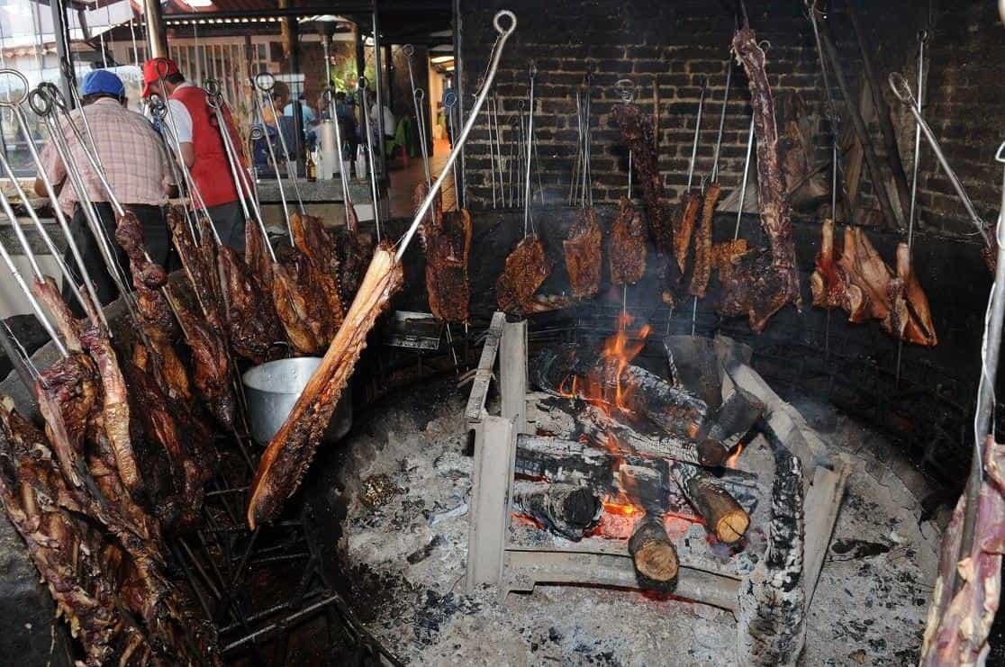 Los asaderos, ventas de comidas rápidas y restaurantes en Sogamoso podrán atender de 7:00 a.m. a 9:00 p.m. en servicio a domicilio.