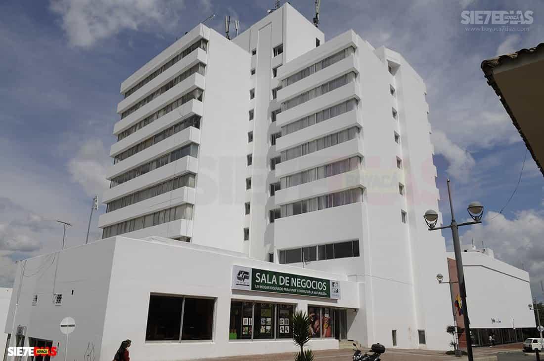 El gobernador de Boyacá anunció que luego de 42 años, el hotel Hunza vuelve a ser de los boyacenses 1