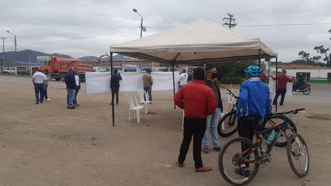 Este viernes 24 de julio, conductores de buses realizaron plantones en Sogamoso y Duitama para pedir atención del Gobierno.
