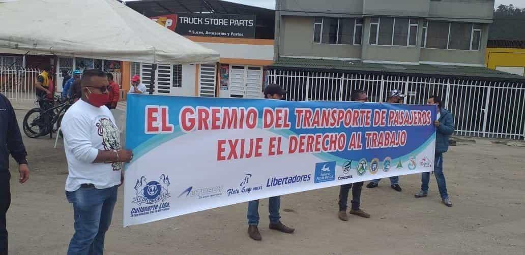 Transportadores del servicio intermunicipal de pasajeros le piden al Gobierno reactivar todas las rutas #LaEntrevista 4