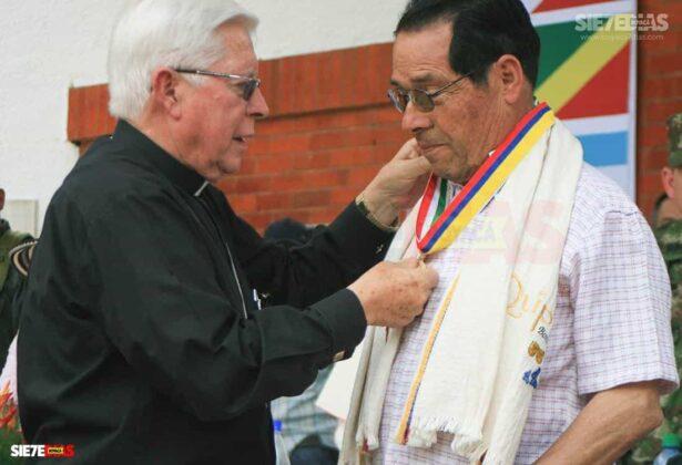 'El Proceso de Paz de Occidente fue exitoso porque no estuvo el Gobierno nacional, ni las Fuerzas Militares', monseñor Gutiérrez Pabón #LaEntrevista 19