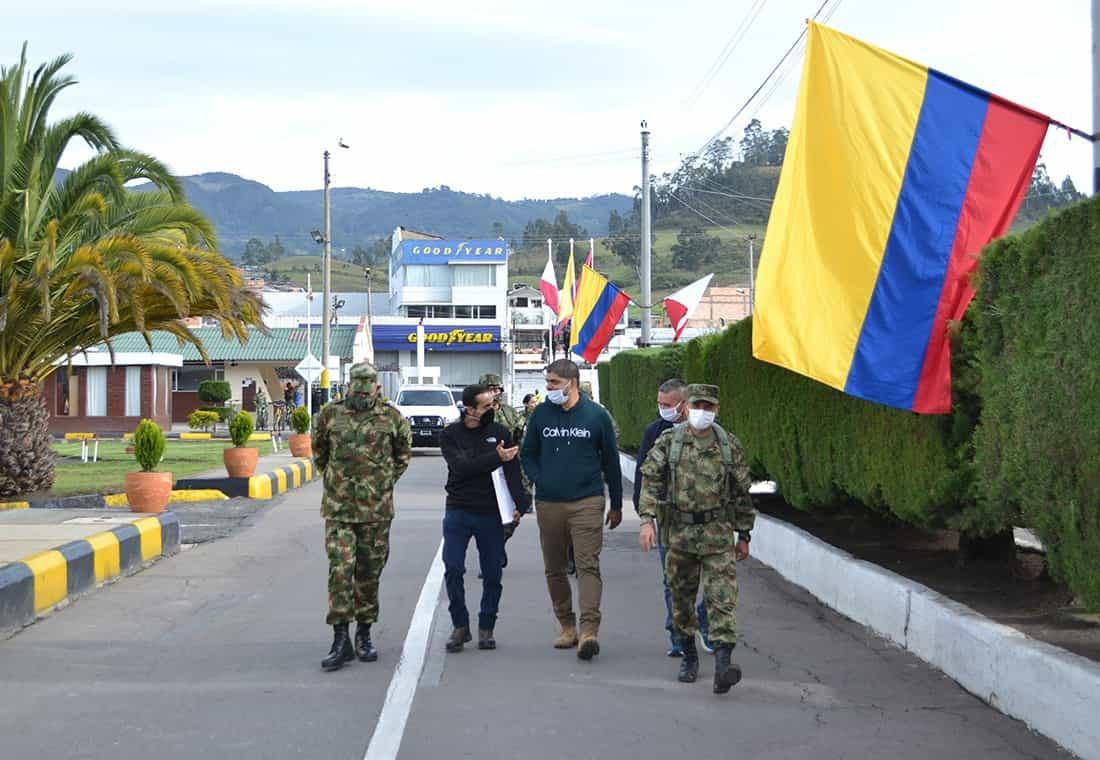 Miles de apellidos, una sola Familia: Colombia 6