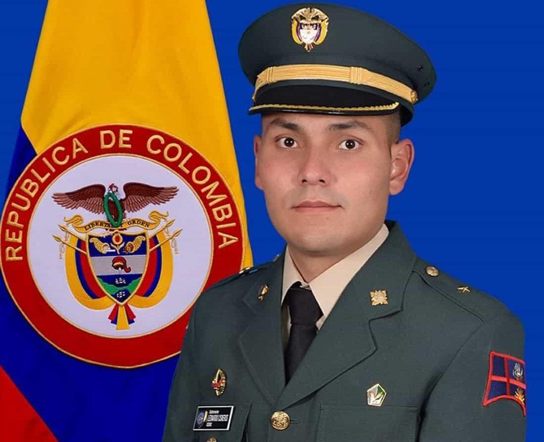 Subteniente Leonardo Cisneros Rincón. Foto: prensa Ejército Nacional.