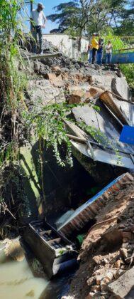 El invierno está haciendo estragos en Moniquirá: ya tumbó un puente e inundó fábricas de bocadillo 10