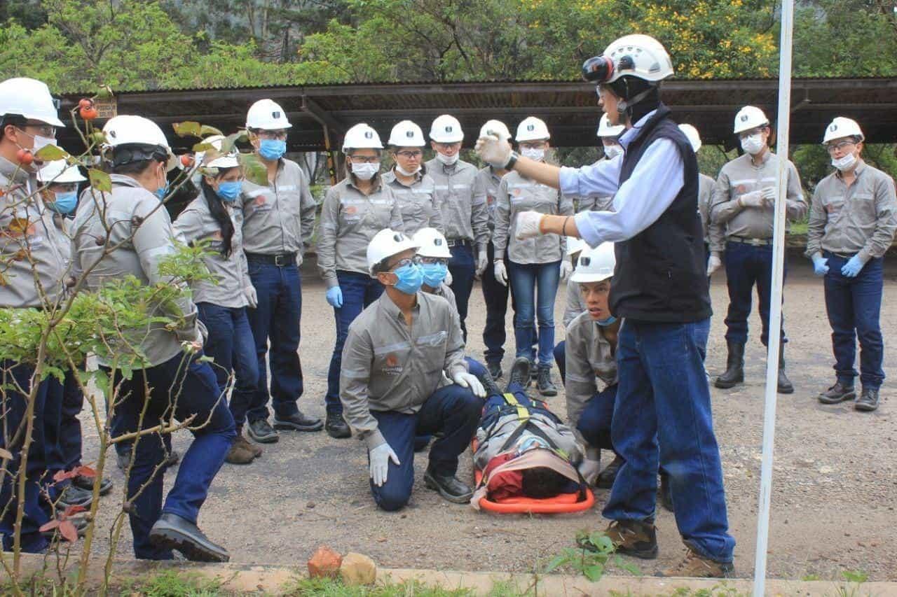 Capacitación a jóvenes para garantizar los procesos industriales y mineros, así como para atender los desafíos de desempleo y acceso a formación. Foto: archivo particular