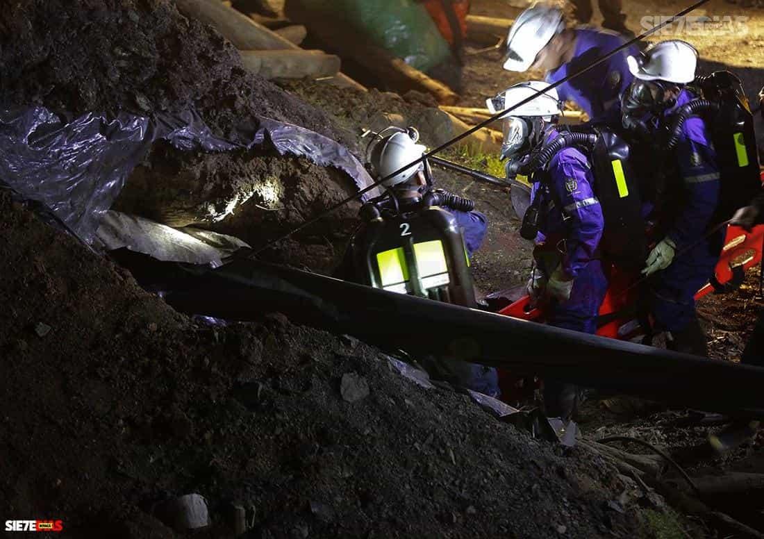 Equipo de salvamento minero logra el rescate seguro de los trabajadores atrapados en mina del municipio de Lenguazaque, Cundinamarca 1