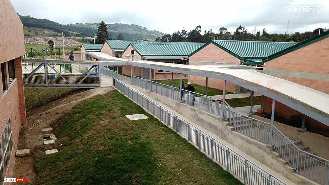 Los colegios de Tunja, que desde finales de marzo no han tenido a un solo estudiante, al parecer continuarán así hasta terminar el año académico. Foto: Archivo Boyacá Siete Días