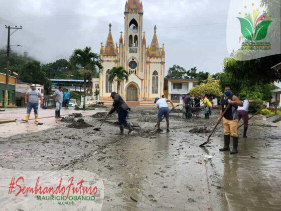 Emergencia en San Pablo de Borbur tras fuerte aguacero que colapsó el acueducto y alcantarillado 4